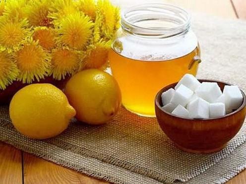 Pieneņu laiks! Pieneņu salāti, medus un alus