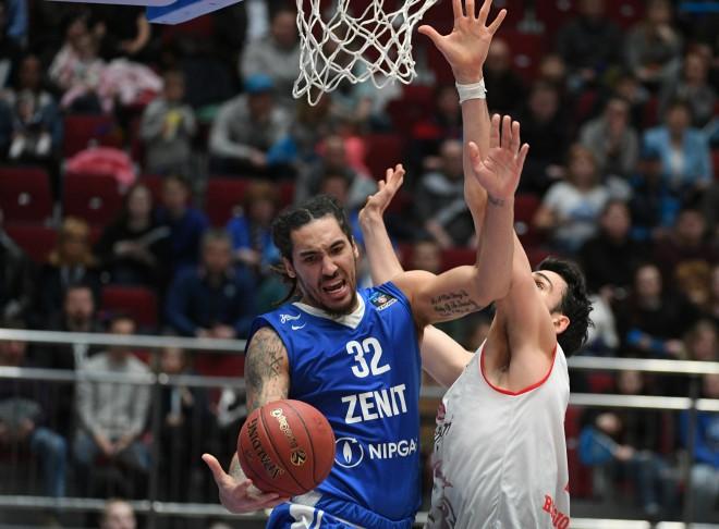 """""""Zenit"""" pēdējā ceturtdaļā izmūk no zaudējuma pret """"Kalev"""""""