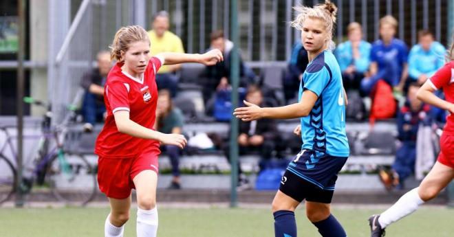 <i>Stiprāk, vairāk, skaistāk!</i> Sākas jaunā sieviešu futbola sezona