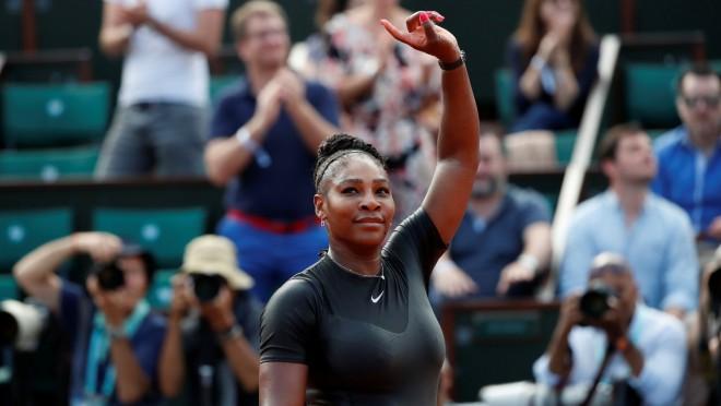 """Serēna """"Grand Slam"""" turnīros atgriežas ar uzvaru, Šarapova labo savas kļūdas"""