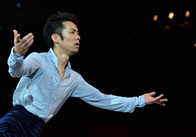 Kādreizējais pasaules čempions daiļslidošanā Takahaši nolēmis atgriezties profesionālajā sportā