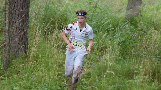 Orientierists Upītis izcīna 15.vietu pasaules junioru čempionātā vidējā distancē