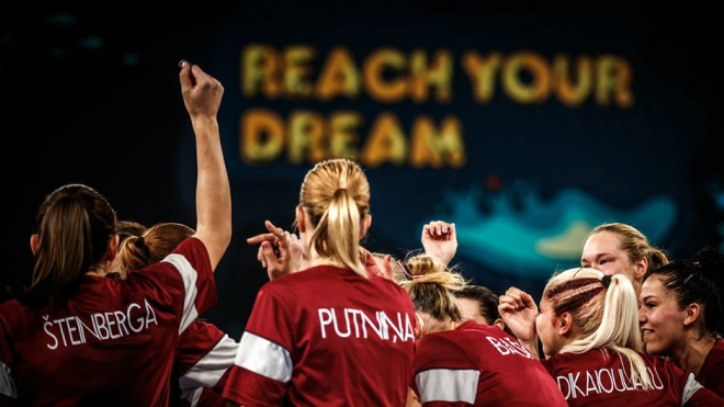 Sieviešu basketbola izlase pēc Pasaules kausa pakāpjas uz 24. vietu FIBA rangā