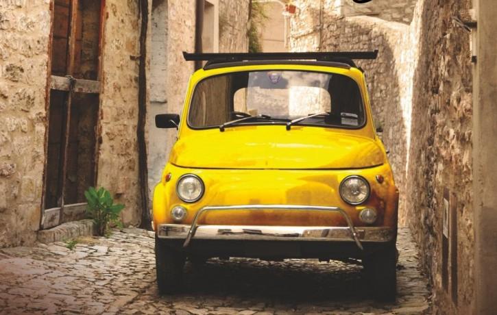 """Sirsnīgs un asprātīgs ceļvedis ceļā uz mīlestību pret Itāliju un itālisko. Grāmata """"NEPRĀTĪGI IEMĪLĒJIES"""""""