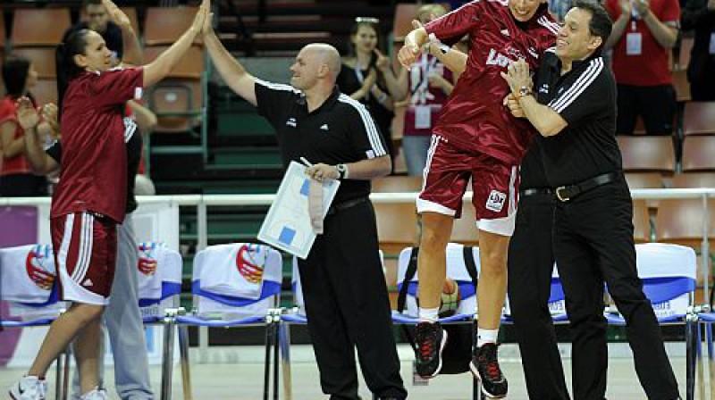 Čempionāts jānoslēdz uz pozitīvas nots! Foto: Romāns Kokšarovs, Sporta Avīze, f64