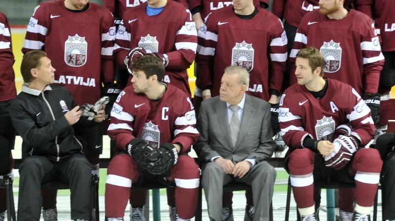 Pirmā rinda: Aleksandrs Beļavskis, Kaspars Daugaviņš, Kirovs Lipmans, Lauris Dārziņš  Foto: Romāns Košarovs, F64