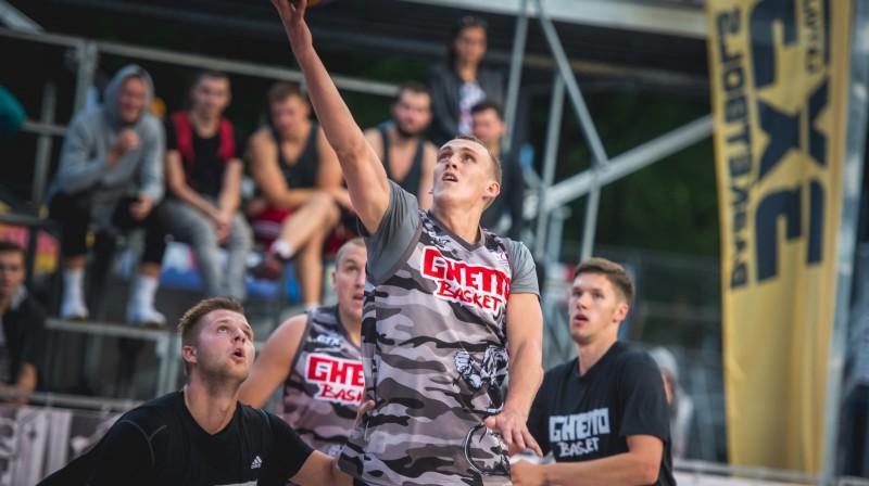"""""""Quest"""" fināla dalībnieku pulkā būs arī Naura Mieža pārstāvētā """"Ghetto Basket"""" izlase Publicitātes foto"""