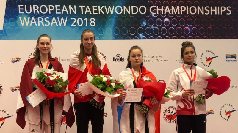 Jolanta Tarvida uz pjedestāla. Foto: Klub Sportowy AZS-AWF Warszawa