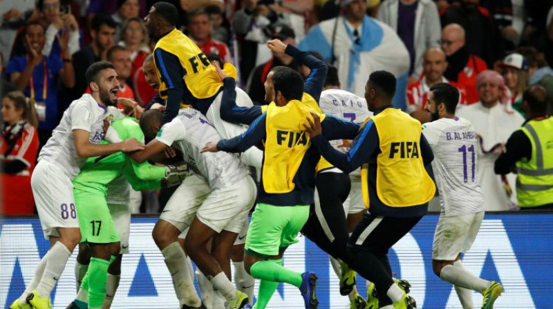 """Al Ain"" futbolisti līksmo. Foto: Reuters/Scanpix"