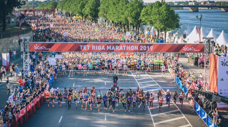 """Tet"" Rīgas maratona elites sportistu starts. Publicitātes foto"