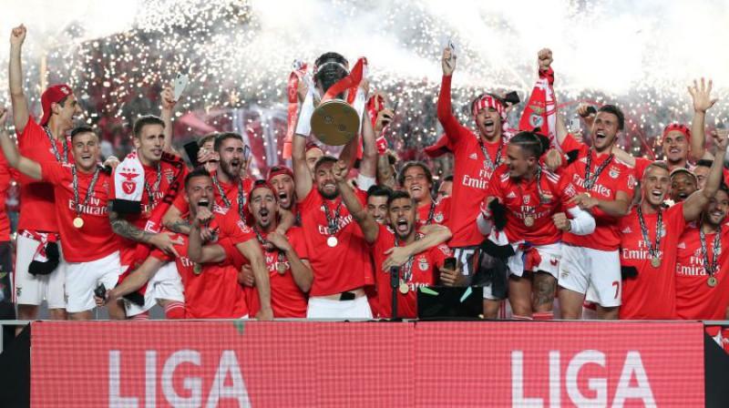 """Benfica"" svin titulu. Foto: CHINE NOUVELLE/SIPA/Scanpix"