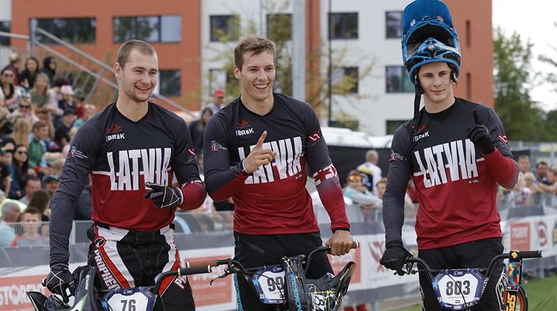 Helvijs Babris (no kreisās), Kristens Krīgers un Filips Krists Rozītis. Foto: Sandra Tūtere