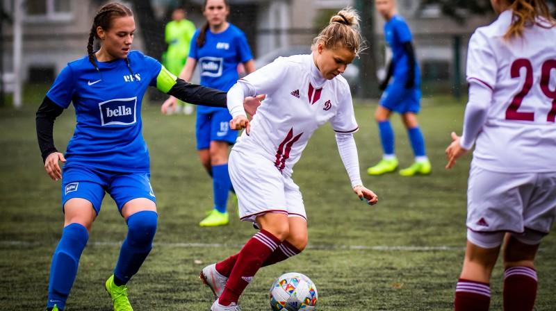Viktorija Zaičikova pret Olgu Ševcovu / Foto: Nora Krevņeva-Baibakova