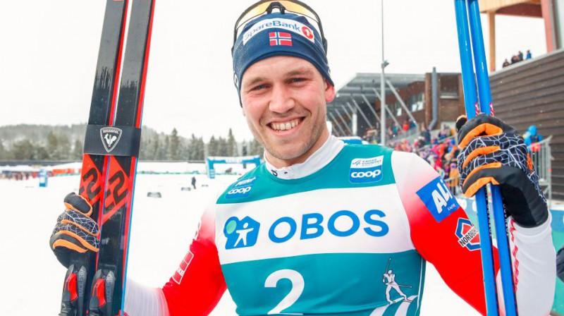 """Pols Golbergs uzvar pirmajā """"Ski Tour"""". Foto: Terje Pedersens/NTB Scanpix."""