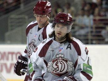 Petrovickis spēlēs kopā ar Hosu un Ņiživiju