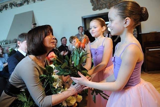 """""""Katrs uzsāktais darbs ir godam jāpaveic līdz galam'': intervija ar baletdejotāju Zitu Errsu"""