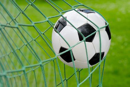 Aizvadītas kārtējās cīņas telpu futbola čempionātā