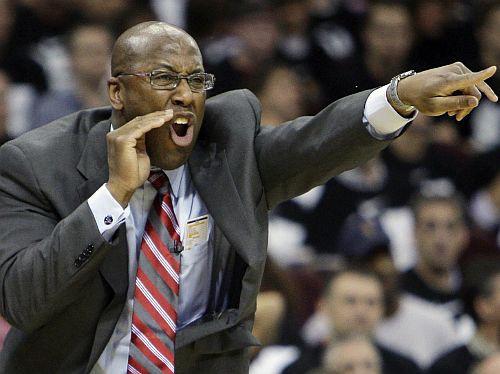 """""""Lakers"""" vienojas ar Maiku Braunu"""
