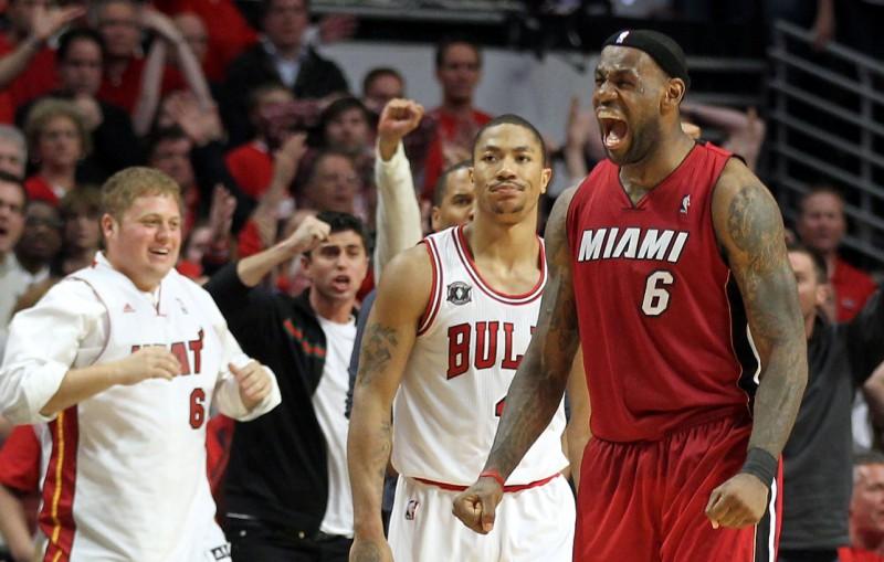 """""""Heat"""" uzvar viesos un iekļūst NBA finālā"""