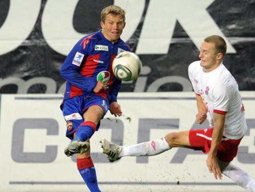 E.Višņakovs iesit Kazahstānā, Cauņa CSKA pamatsastāvā