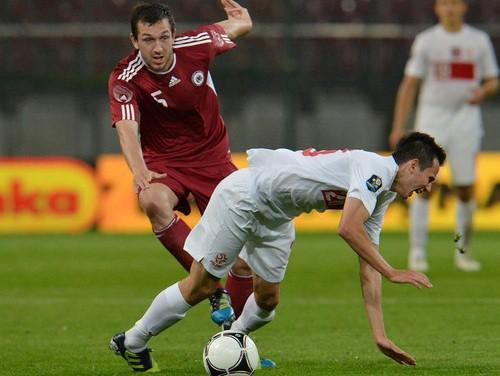 Pēc teicama 1. puslaika Latvija nosēžas un izskaņā zaudē Polijai
