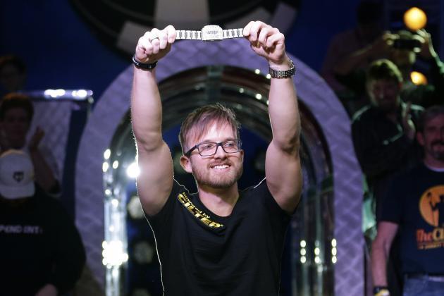 WSOP 2014 ME uzvarētājs Martins Jakobsons saņem $10 000 000