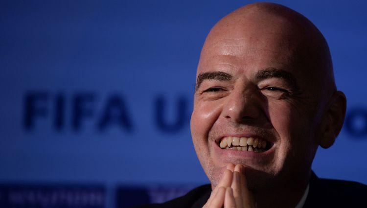 FIFA prezidents piedāvā Pasaules kausu paplašināt līdz 48 izlasēm