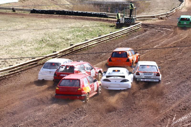Grandiozajā Latvijas autokrosa čempionāta finālā iespējamas izmaiņas sacensību norisē
