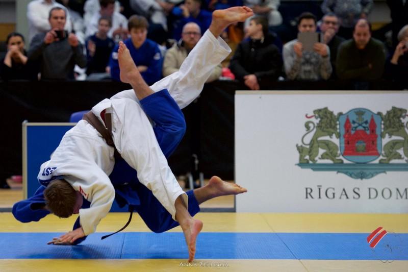 Džudists Zarudņevs izcīna piekto vietu Eiropas kausa posmā junioriem