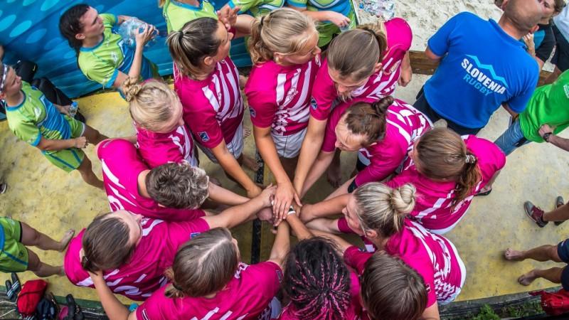 Latvijas dāmas gūst bronzu Eiropas čempionātā pludmales regbijā