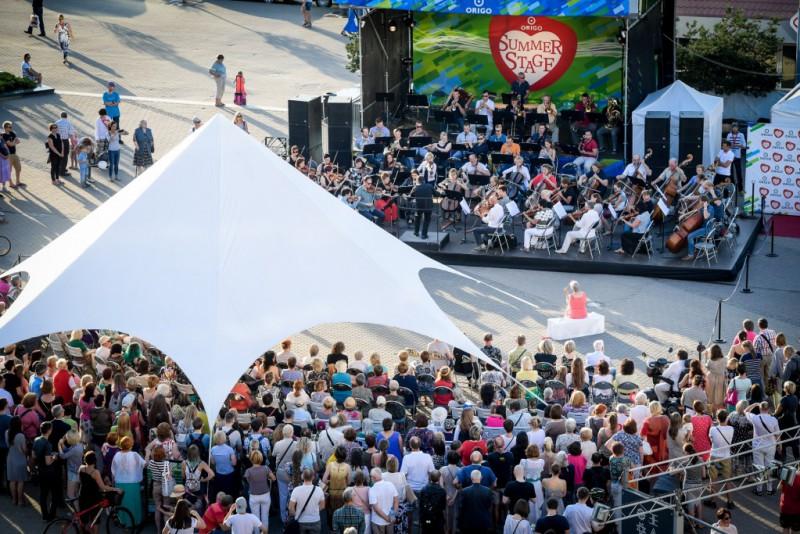 """Rīgas svētkos notiks tradicionālais koncertu cikls """"Dziesmu tilti"""" uz """"Origo Summer stage"""" skatuves"""