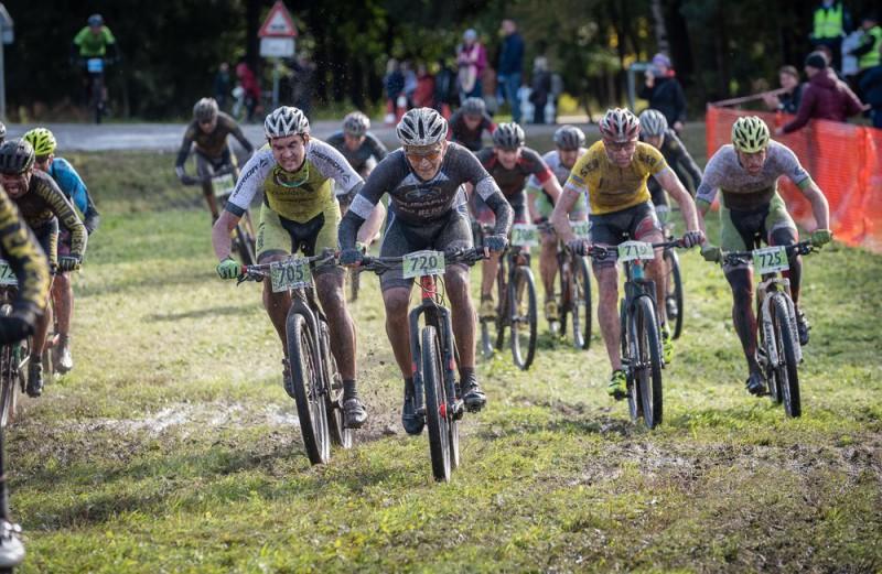 Kalnu divriteņu maratona sezona Latvijā noslēgsies ar SEB MTB finālposmu Ikšķilē