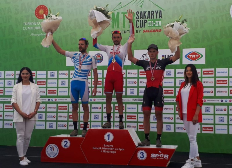 Pētersonam un Jaunslavietei-Kipurei trešās vietas UCI kategorijas MTB maratonā Turcijā