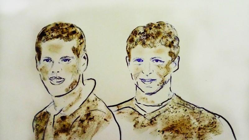 Ar krūtīm un netīrumiem māksliniece glezno bēdīgi slavenos futbolistus (+video)
