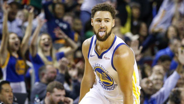 """Tompsonam NBA tālmetienu rekords Čikāgā, """"Knicks"""" derbijā pieveic Bruklinu"""