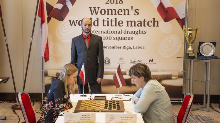 Golubeva uzvar rapidā un pirms pēdējās kārtas saglabā izredzes uz titulu