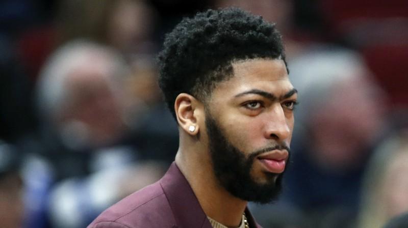 """Dzīve pēc nenotikušās maiņas: """"Pelicans"""" ļaus Entonijam Deivisam iet laukumā"""