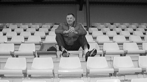 82 gadu vecumā miris Latvijas labākās soļotājas Pastares treneris Gutpelcs