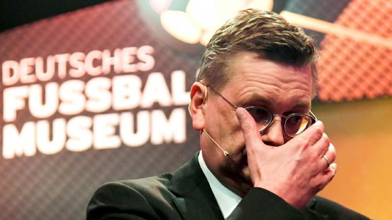 Atkāpjas Vācijas Futbola federācijas prezidents, vietā varētu nākt Lāms