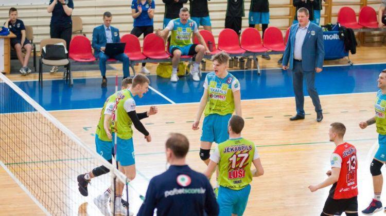 """""""Jēkabpils Lūši"""" nonāk soli no Latvijas čempionu titula"""