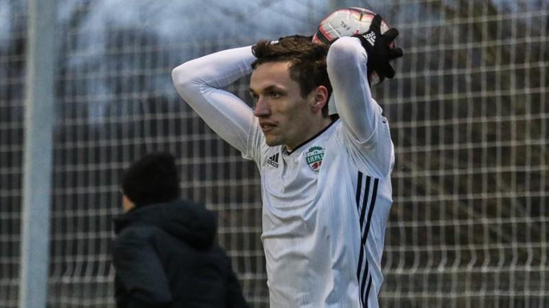 Septiņiem Virslīgas futbolistiem dzelteno kartīšu dēļ piešķirta 1 spēles diskvalifikācija