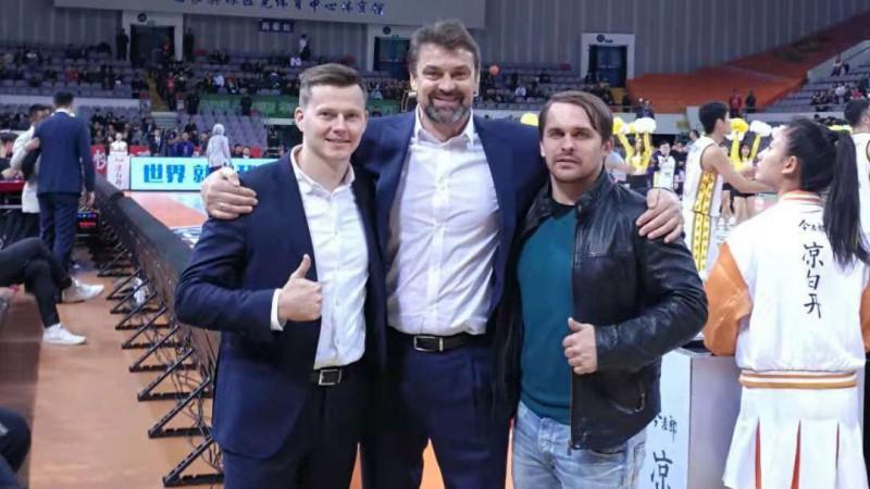Igors Miglinieks ar zvaigžņotu komandu kļūst par Ķīnas čempionu