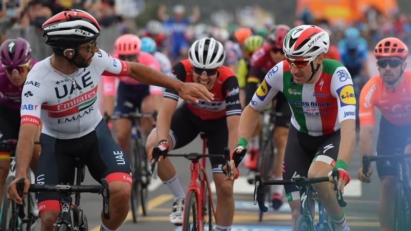"""Žūrija Viviāni atņem """"Giro d'Italia"""" uzvaru, Neilands otrajā simtā"""