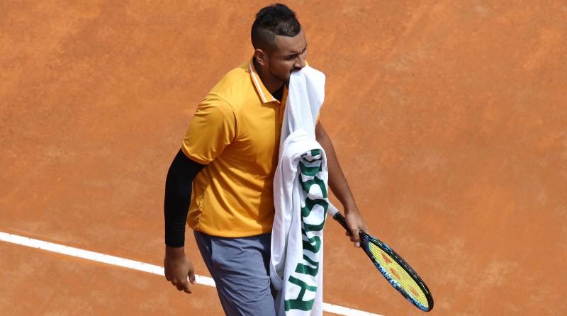 Tīms zaudē, Federers atspēlē mačbumbas, Kirioss ārdās un dabū diskvalifikāciju