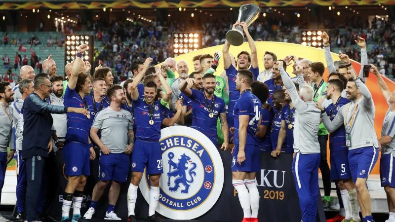 """Azārs atvadās ar """"dubli"""", """"Chelsea"""" 23 minūtēs iesit četrus un triumfē Eiropas līgā"""