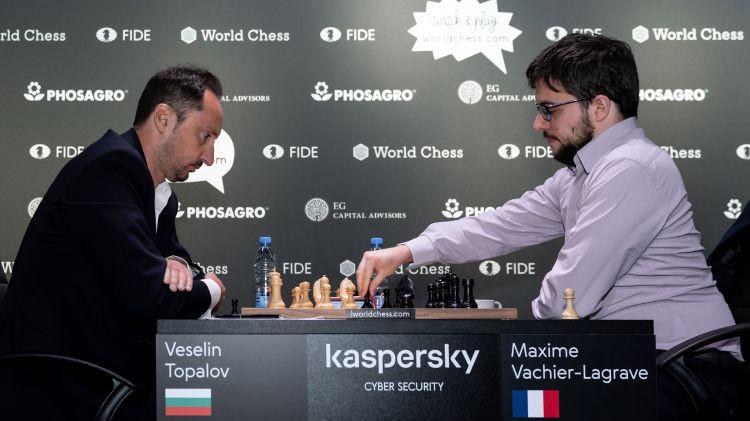 """Rīgas """"Grand Prix"""" 1/4 fināli sākas ar trim neizšķirtiem un bijušā pasaules čempiona zaudējumu"""