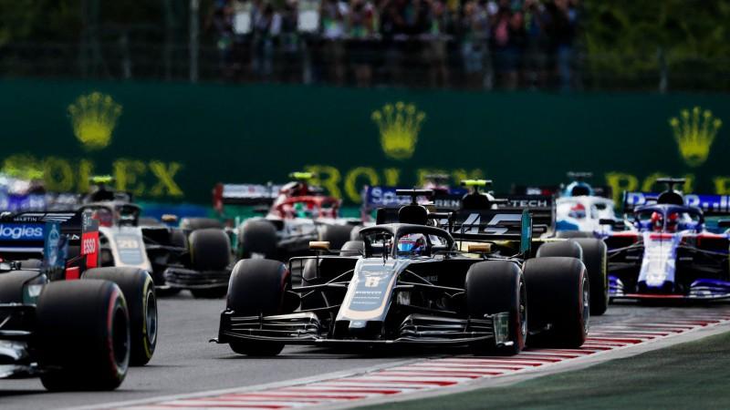 F1 vadība grib piesaistīt augsta līmeņa sacīkšu komandu no ASV