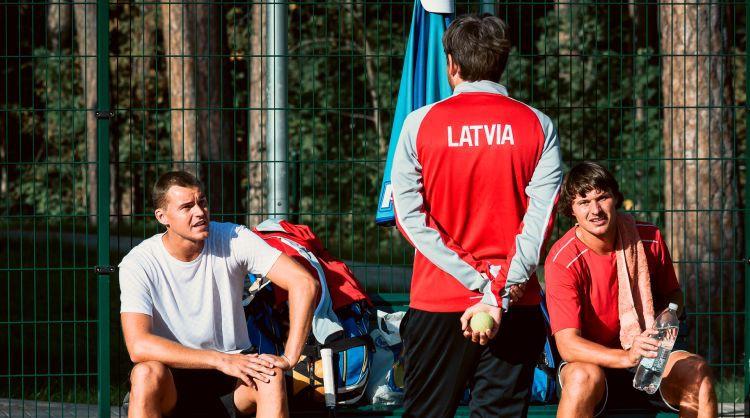 """Tenisa izlases kapteinis: """"Mums ir četri līdzvērtīgi spēlētāji, jebkurš var uzvarēt"""""""
