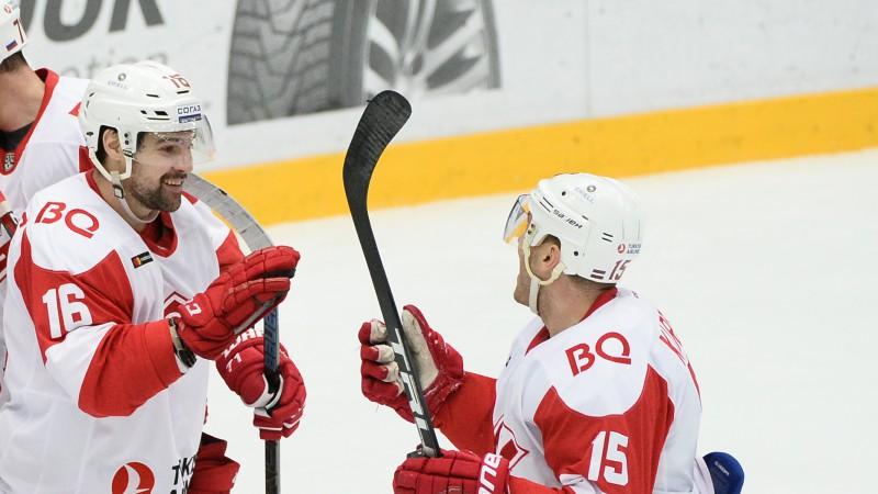 """Daugaviņš: """"KHL sezonas pirmajos mēnešos ir gandrīz kā NHL"""""""