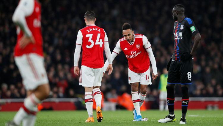"""""""Arsenal"""" treneris aicina komandas kapteini Džaku atvainoties līdzjutējiem"""
